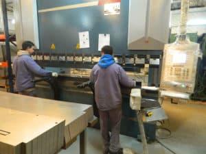 Obreros en planta Sorrentino