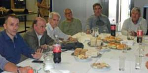 Almuerzo entre conservadores y fabricantes de cerraduras